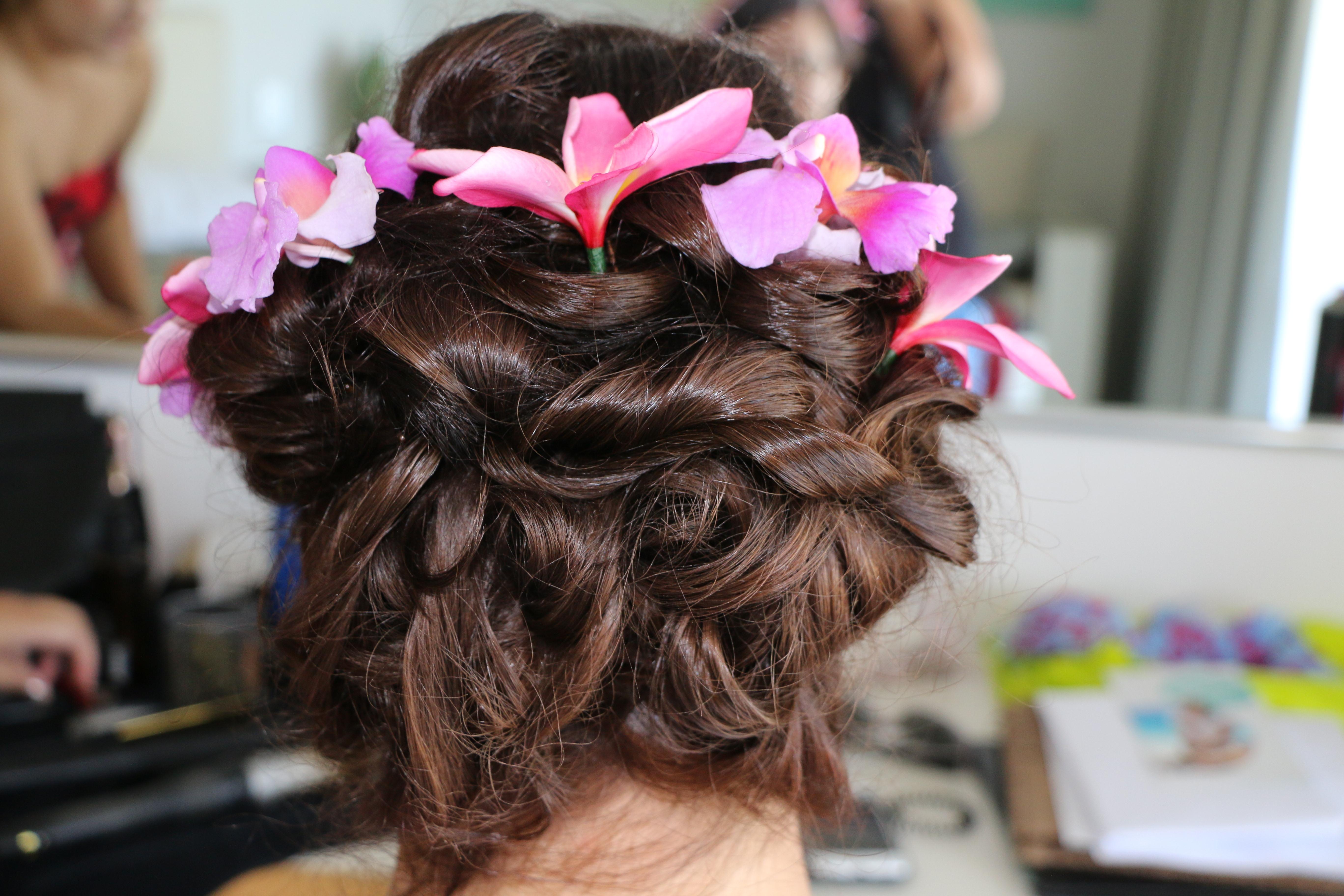 Bride updo Rarotonga