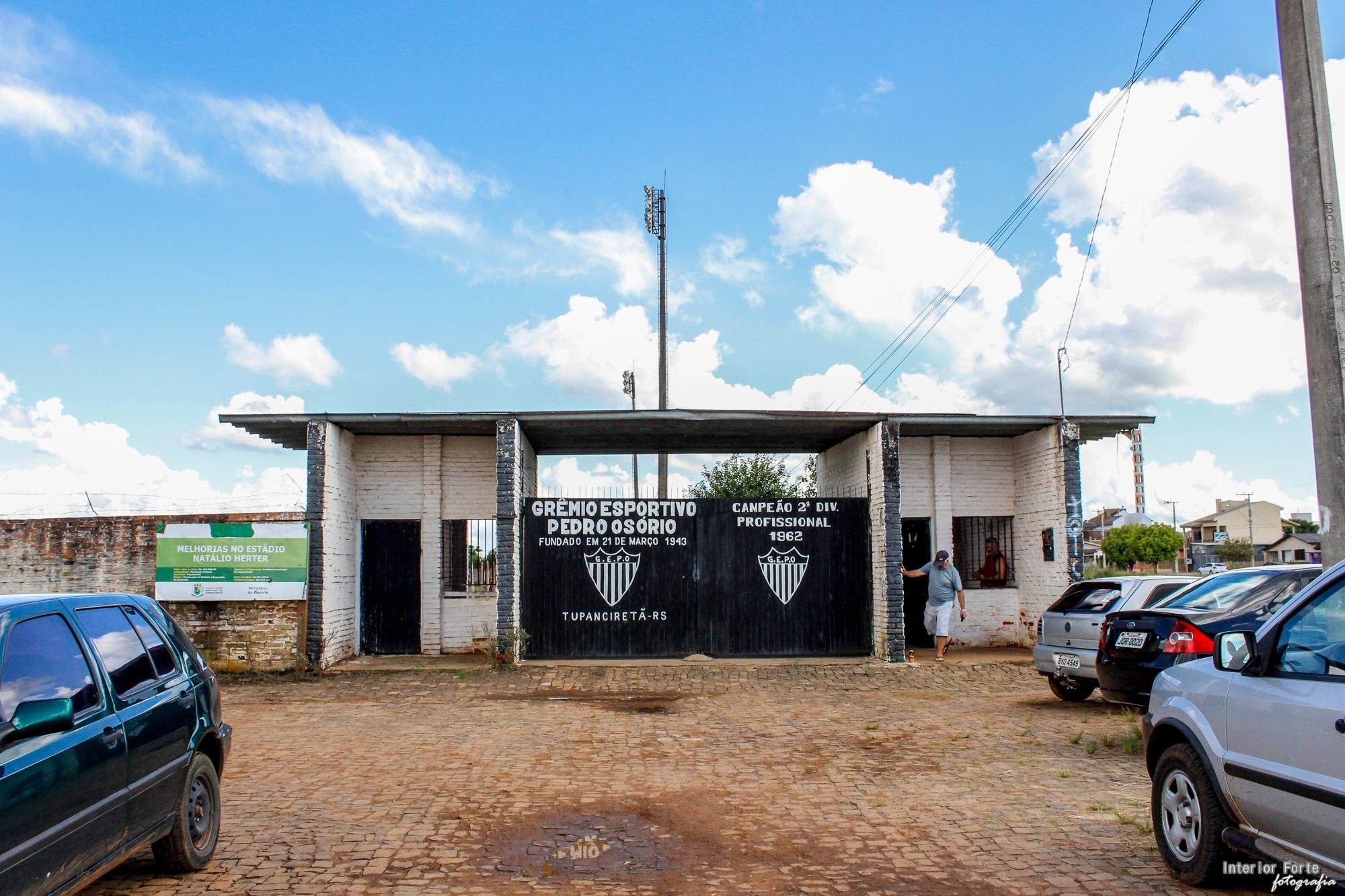 Estádio Nathálio Herter
