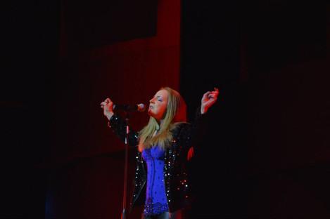 Performing at the Nova Idol Show 2014