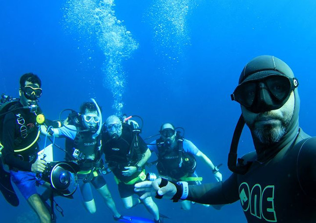 Here's your intrepid dive team.jpg
