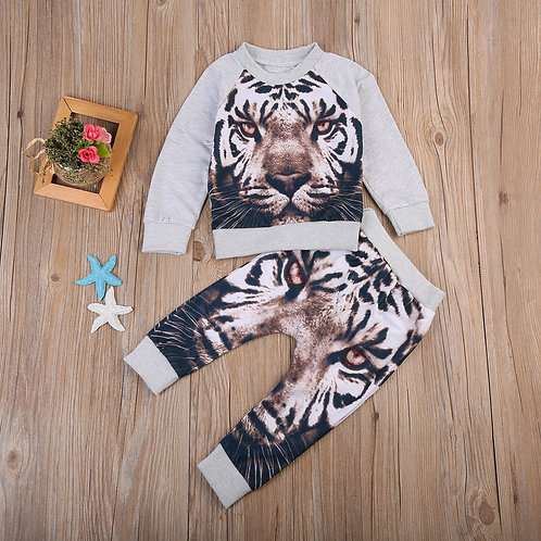 lion tracksuit 1-2 weeks delivery