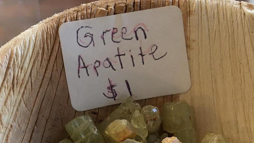 Apatite-Green  Raw XS