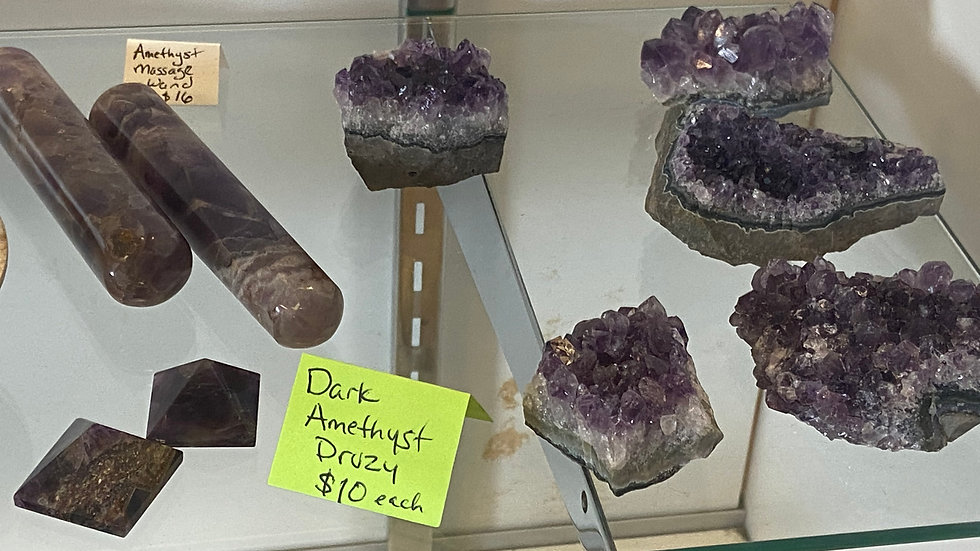 Amethyst (pocket, druzy, root, pyramid, wand)