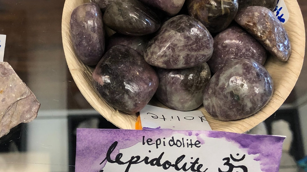 Lepidolite Tumbled Pocket