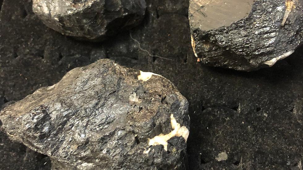Tourmaline Black Raw Medium