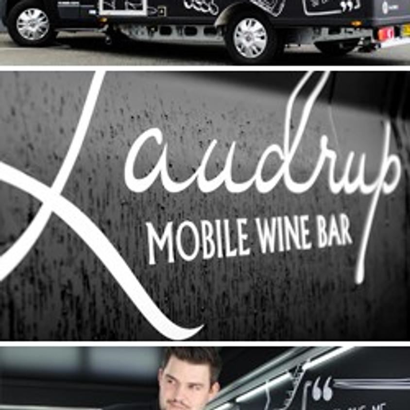 Vinsmagning med Laudrup vin