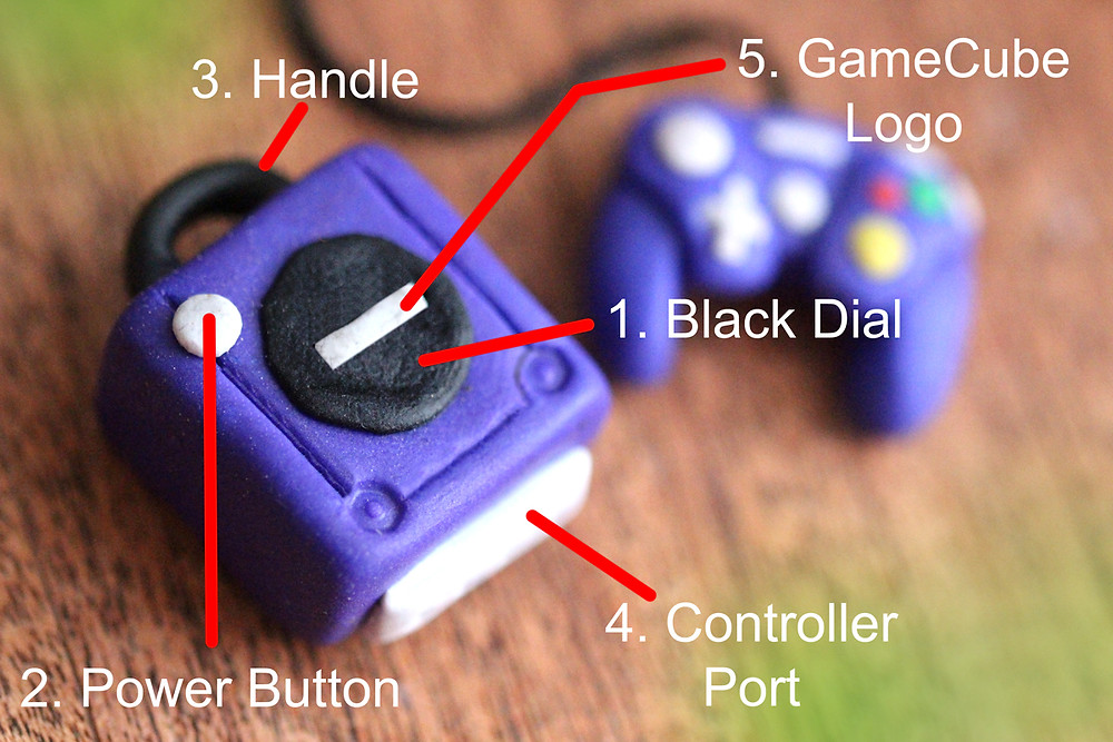 Miniature DIY Nintendo Gamecube for Nendoroid, toy and dollouse photography made from Fimo