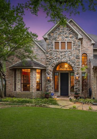 1435 Waterside Dr Dallas, TX 75218