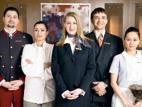 Обслуговуючий персонал в Hotel & Spa 4 *