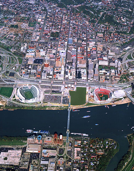 Cincinnati Tall Stacks, Cincinnati, Anthony Hille, Paul Brown Stadium, Great American Ballpark, Reds, Bengals