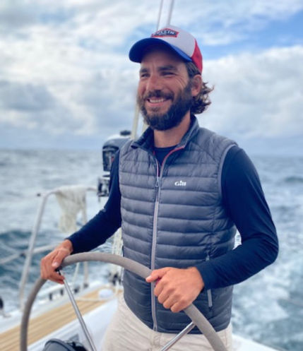 Ludovic Catto sur un voilier