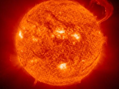 Como o nosso Sol se compara com outras estrelas?