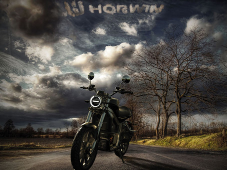 Hightech-E-Motorräder für Europa