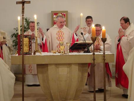 Gedenkmesse für Klostergründer Kardinal Groër gefeiert