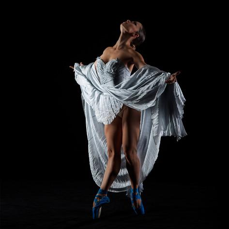 Dancer #9006
