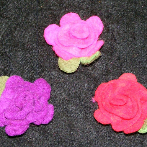 Felt flower brooches or hairclips