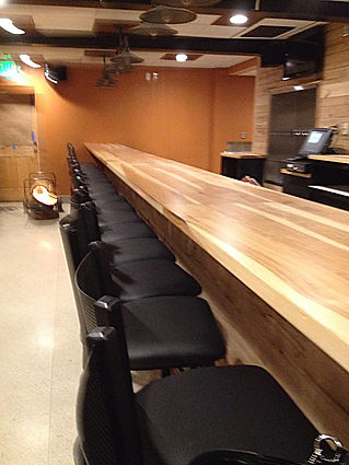 Oak Creek Cafe Arbutus - Bar Area