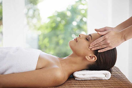 Angles head massage treatments in Kenilworth