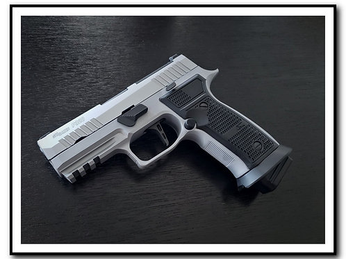 Sig Sauer P320 AXG Magwell (only for AXG Grip modules)
