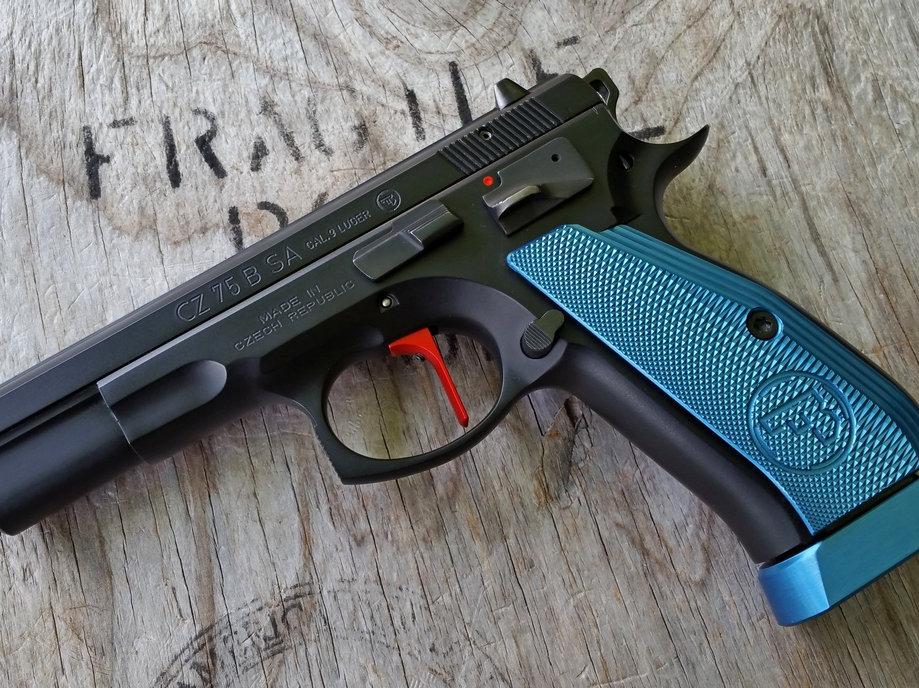 CZ 75 Aluminum Grips - LONG - BLUE | armorycraft