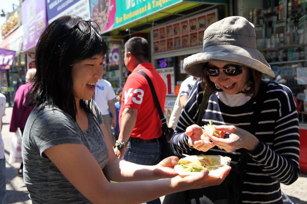 eat new food comer comida nova esl english language teacher private fazer check in aprender ingles online professor particular ingles