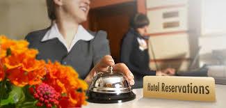 book a hotel room reservar hotel esl english language teacher private fazer check in aprender ingles online professor particular ingles