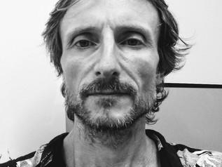 Teacher Dan - Nativo Britânico, vive no Brasil
