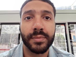 Teacher Vinícius Rodrigues - Inglês