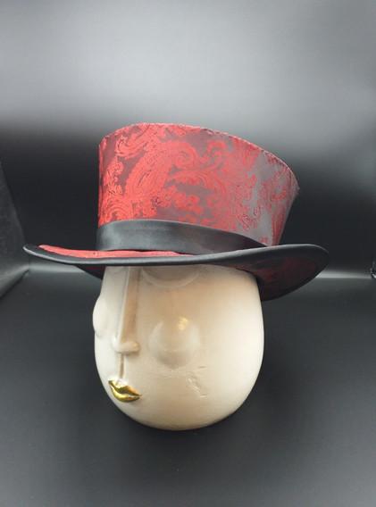 silk top hat.jpg