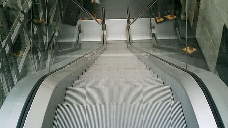 rotowash-escalator-centre-commercial.jpg