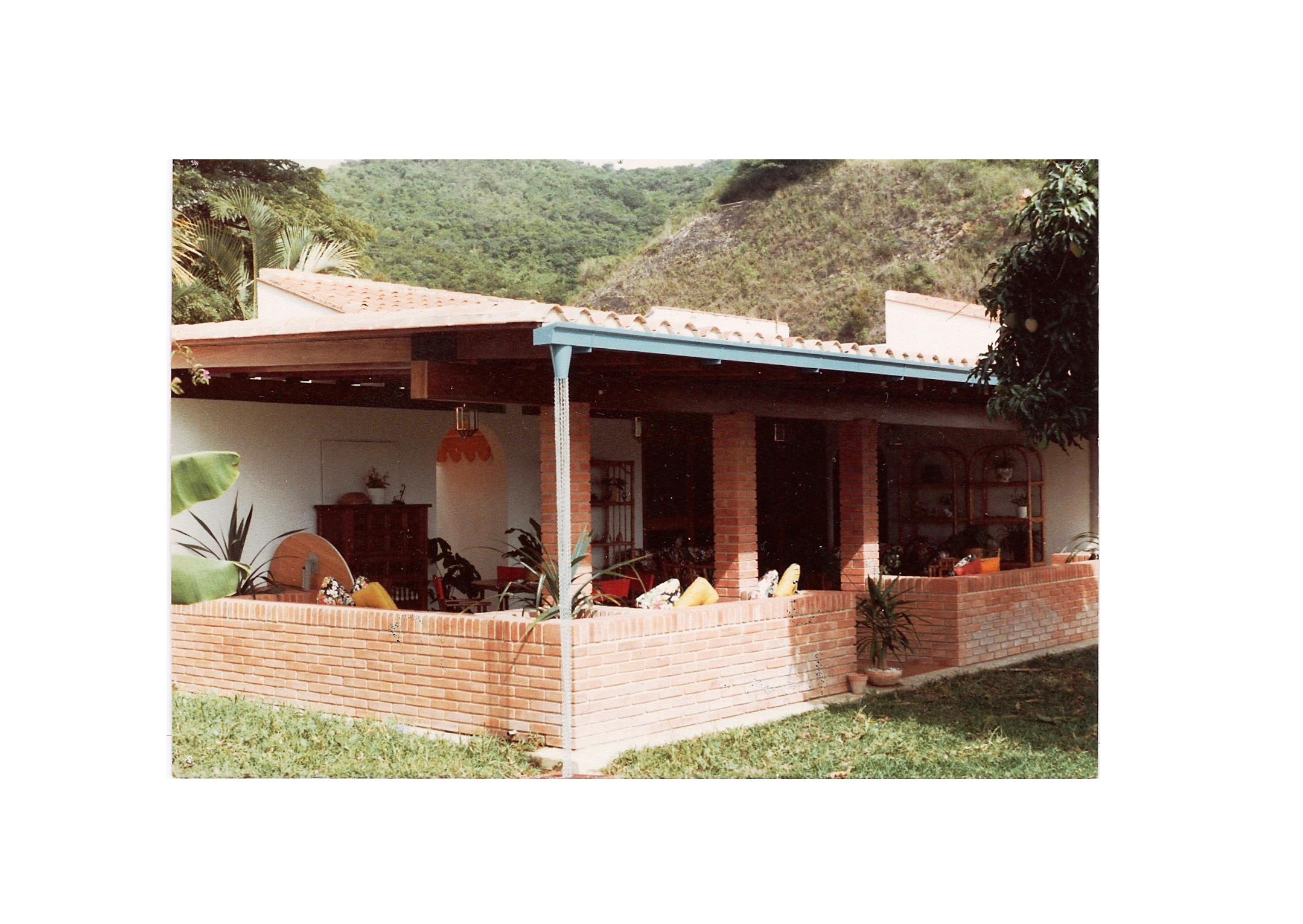 Casa Prados del Este, Caracas