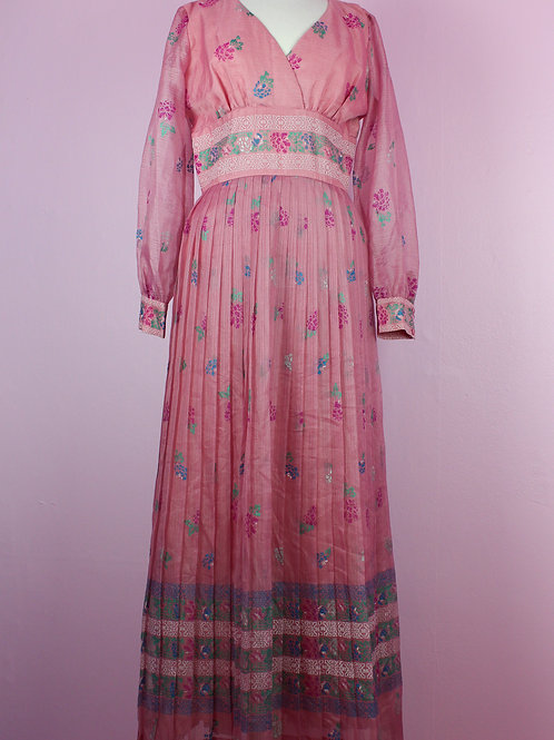 Soft rose - Vintage pleatet dress