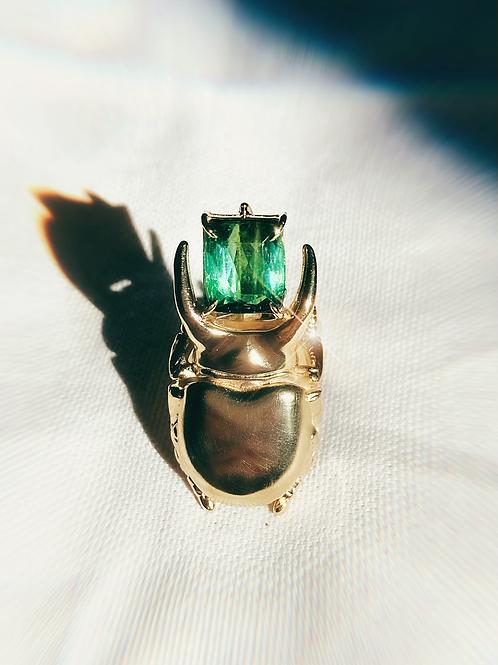 Anel escaravelho faraônico Turmalina Verde