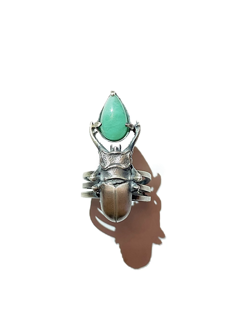Anel Escaravelho Esmeralda