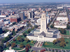 AT&T, Verizon take aim at Lincoln, Nebraska, as small cell battle goes local