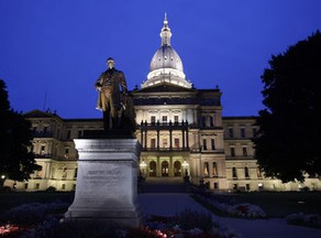 Bills to ease upgrade to 5G wireless go to Michigan governor