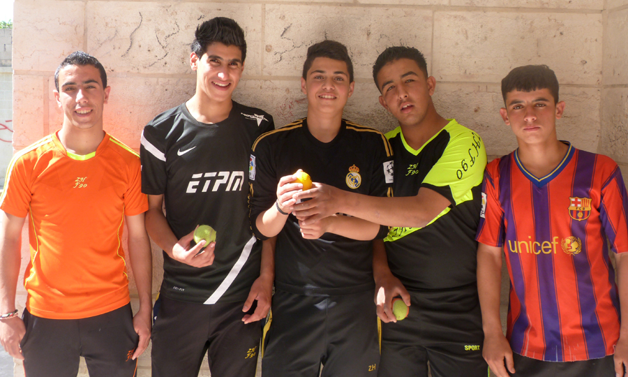 Joueurs de Frontball - Al Fawwar