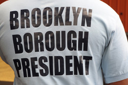 maire de brooklyn_frontball_3