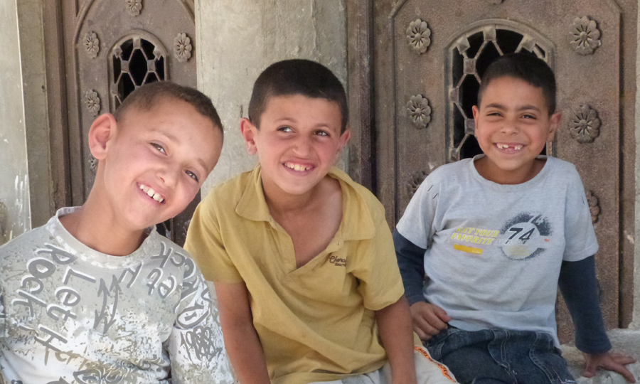 enfants d'Al Fawwar