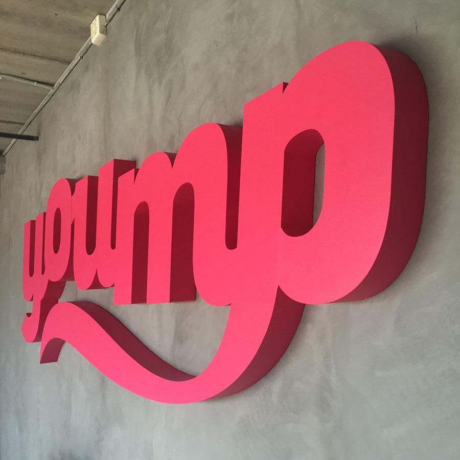 yoump-signup-3d