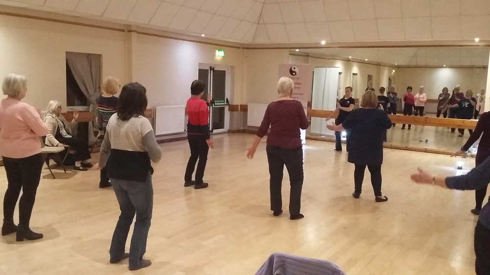CLUB CHI taster session at the Women's Institute.  Community and group work for better health and wellness.  Relax the body, calm the mind