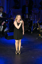Chicago-Based Performer and daughter of Jerry Viviano, Katherine Viviano