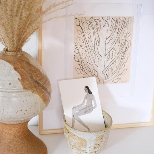 Artwork Vignettes for a Small Space | Poppsee