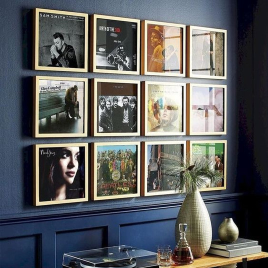 Create a Gallery Wall from a Collection of Things You Love | Poppsee