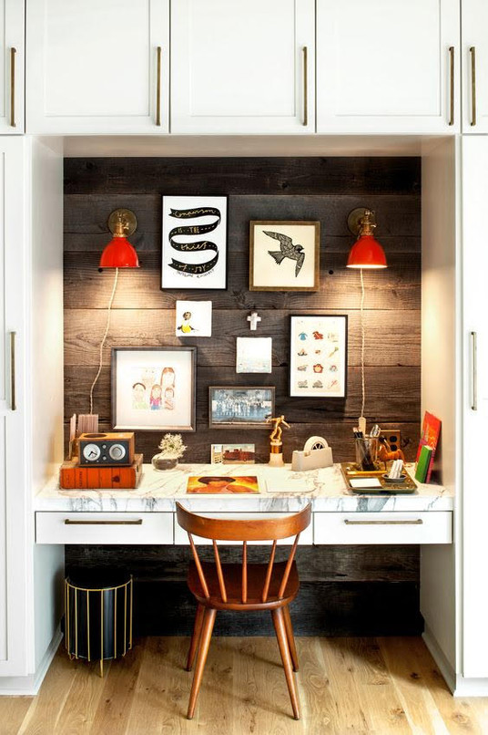 How to Personalize Your Home Workspace with Art | Poppsee