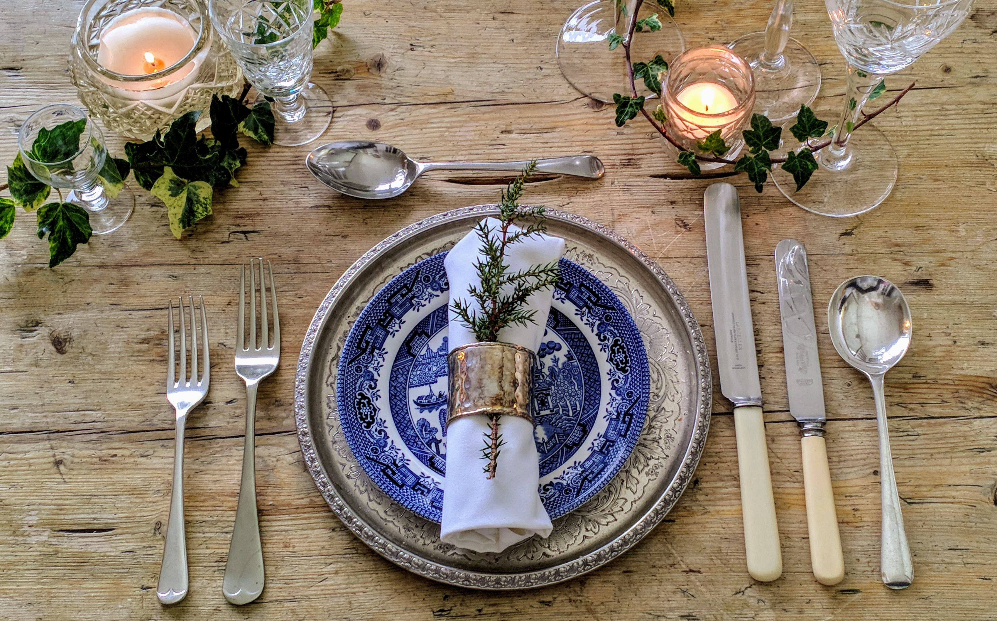 Old English place setting