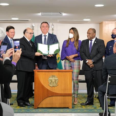 Governo Federal assina projeto para regulamentar a profissão de Educação Física.