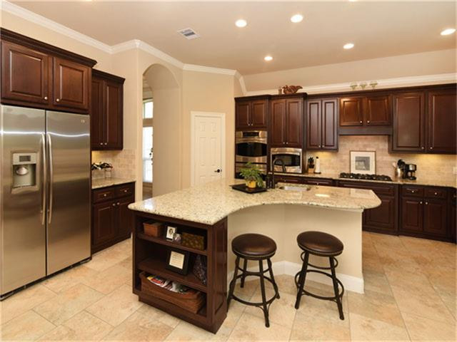 Kitchen in the Woodlands, TX Mary Bowen Realtor