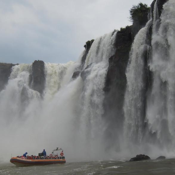 Boat ride Iguazu Falls