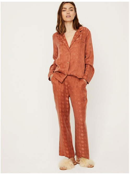 Doorknoop pyjama